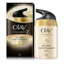 OLAY Total Effect Touch of Foundation UV (50 g)